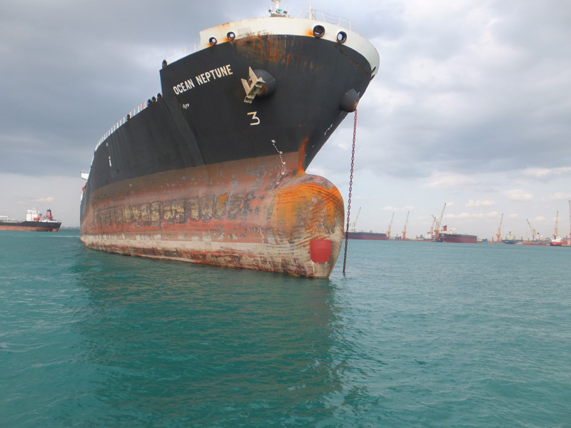 Boulbous-bow-stem-plate-collision-damage-repair-works-at-anchorage-4